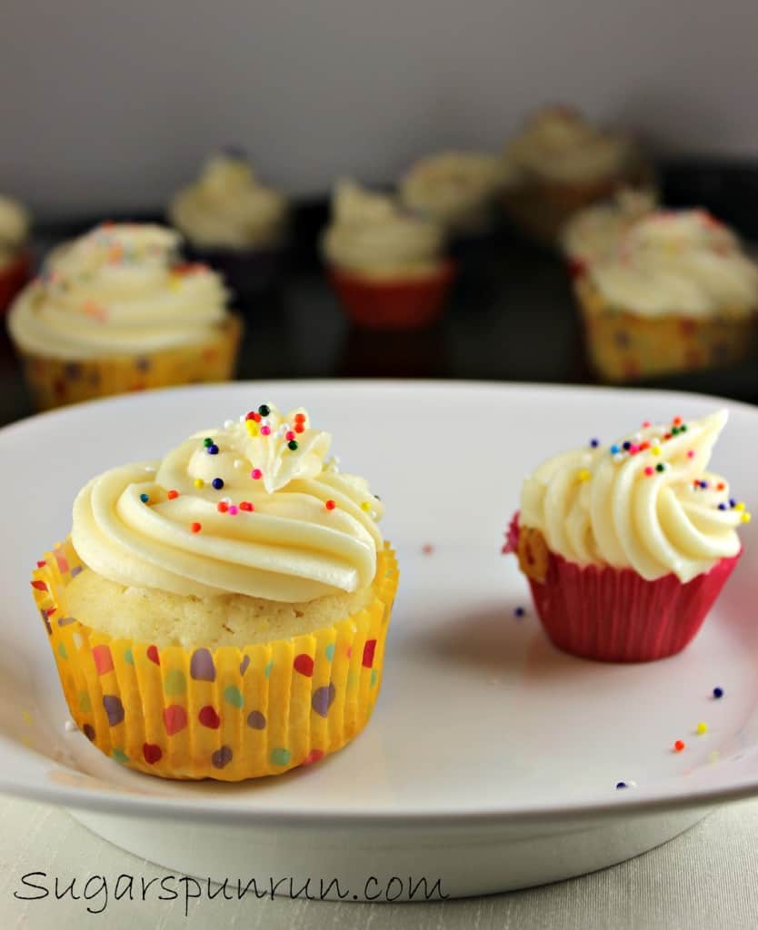 2 perfect cupcakes