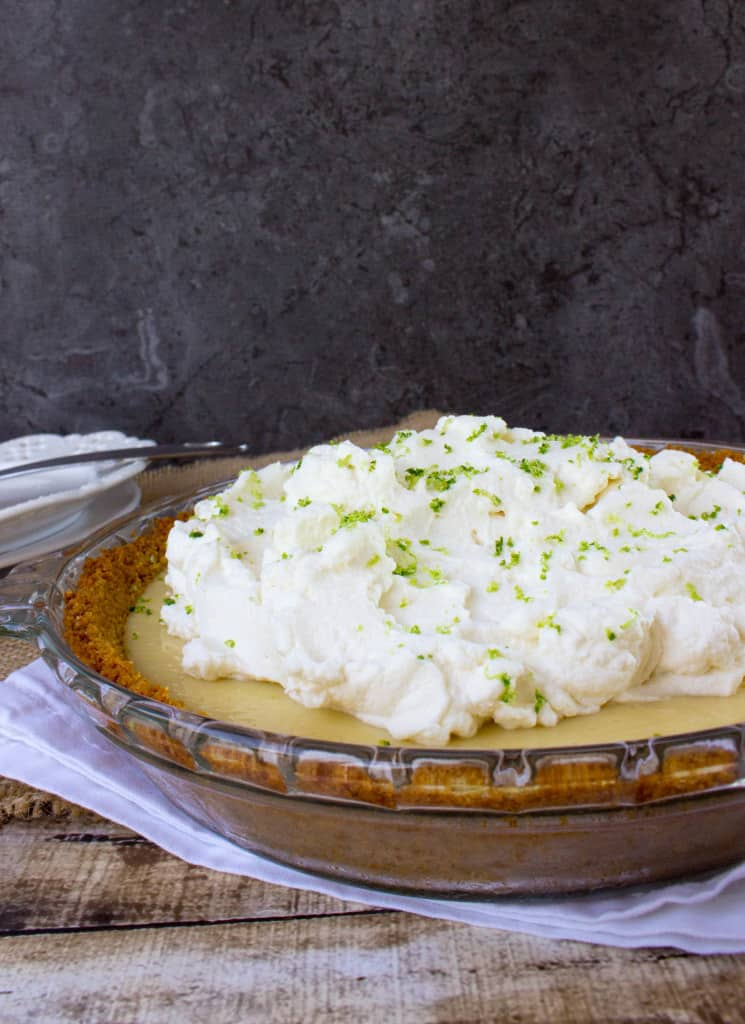 Key Lime Pie -- classic and easy recipe