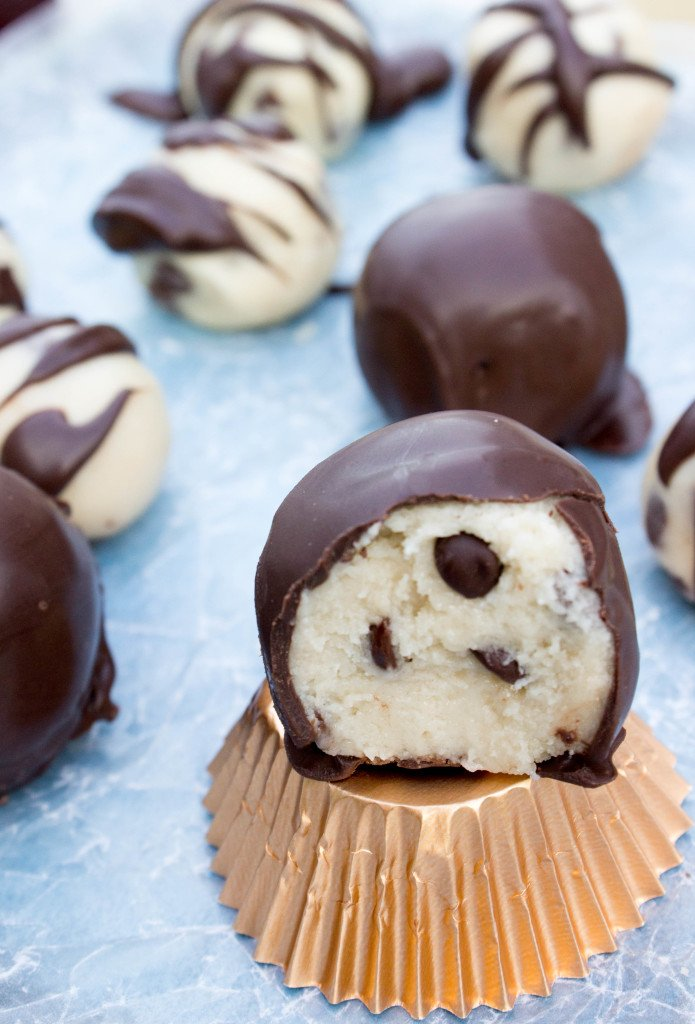 Easy Cookie Dough Buttercream Candies (no stovetop!) || SugarSpunRun