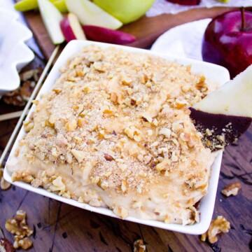 caramel apple dip with apple slice