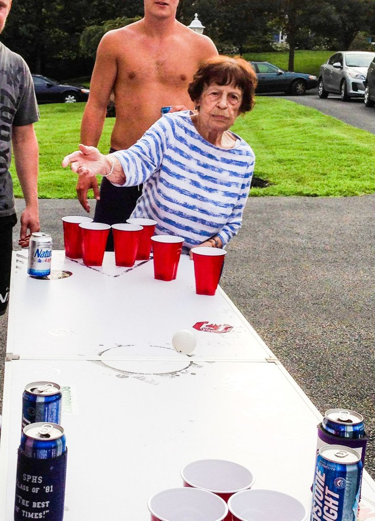 Mom Mom Beer Pong