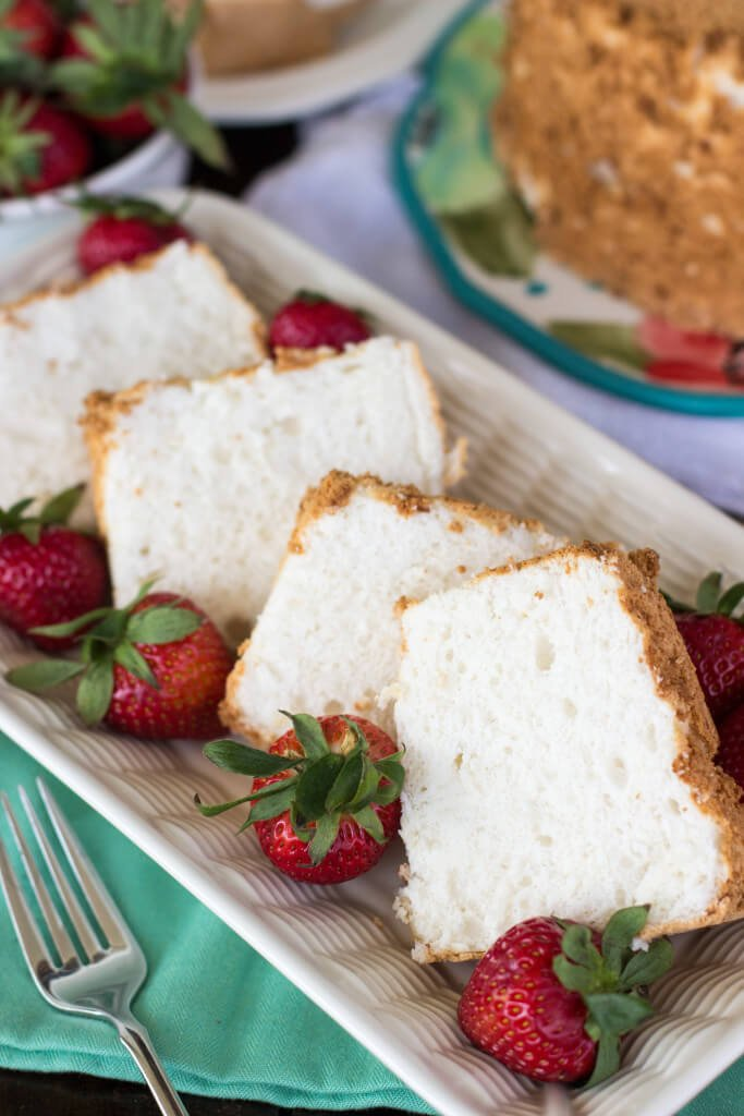 (The Best!) Classic Angel Food Cake Recipe