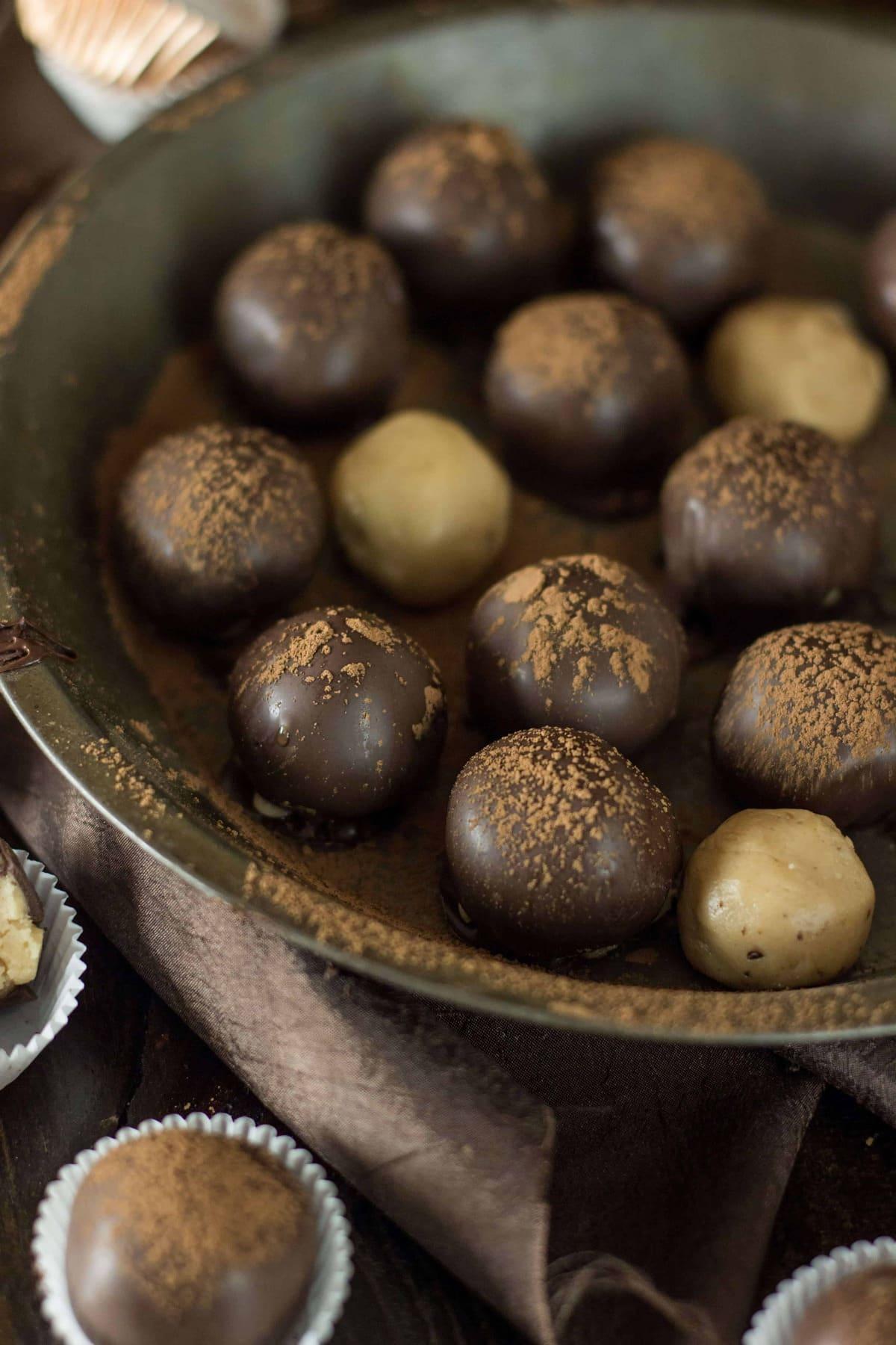 Peanut Butter Truffles - Sugar Spun Run