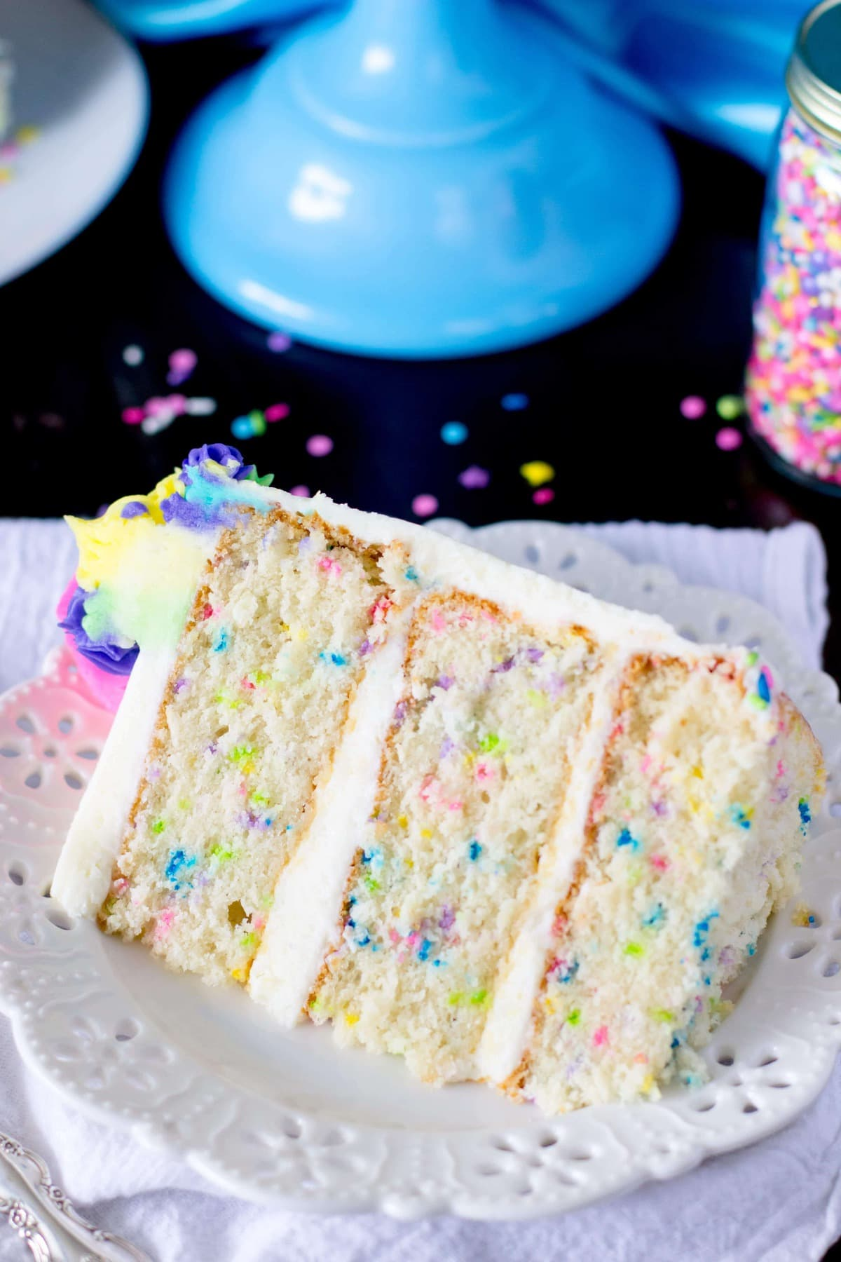 A Light And Fluffy Made From Scratch Funfetti Cake Sometimes Also Called Confetti This Soft Snow White Is Speckled With Brightly Colored