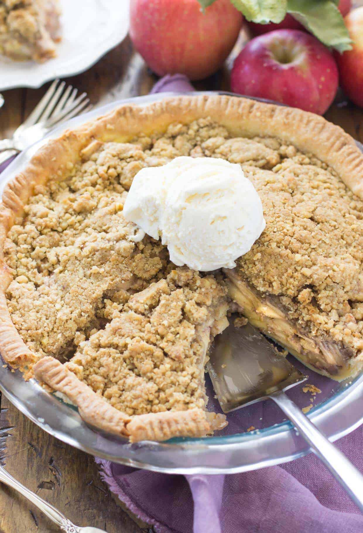Sour Cream Apple Pie