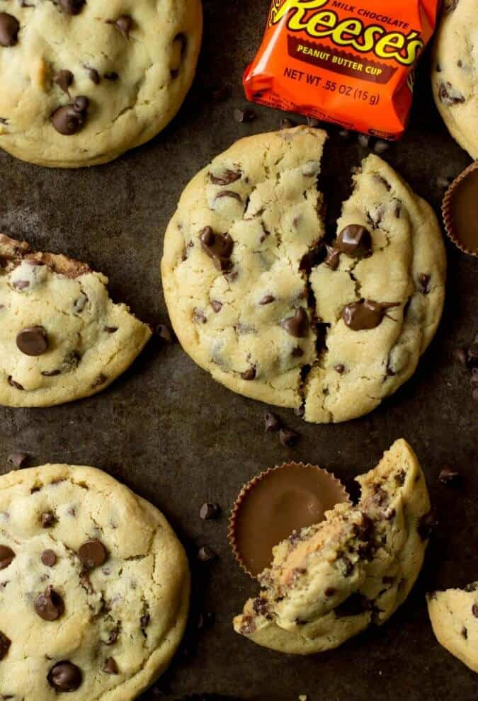 Reese's Peanut Butter Cup Stuffed Chocolate Chip Cookies || Sugar Spun ...