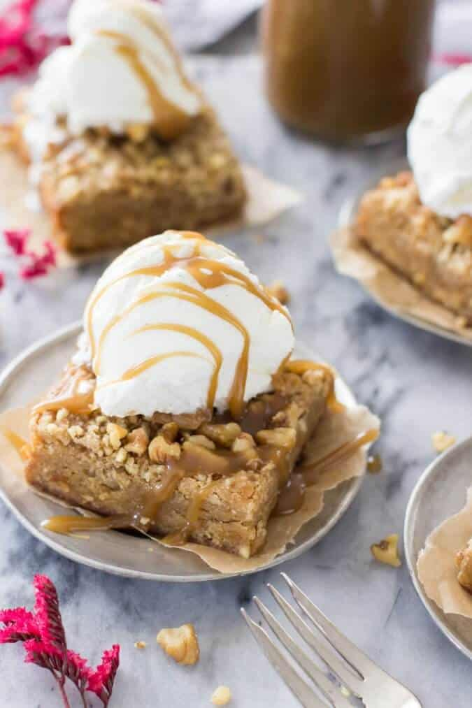 Browned Butter Blondies with Walnut Crumble