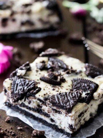 Oreo cheesecake bar square cut out