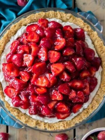 Overhead of strawberry cream cheese pie