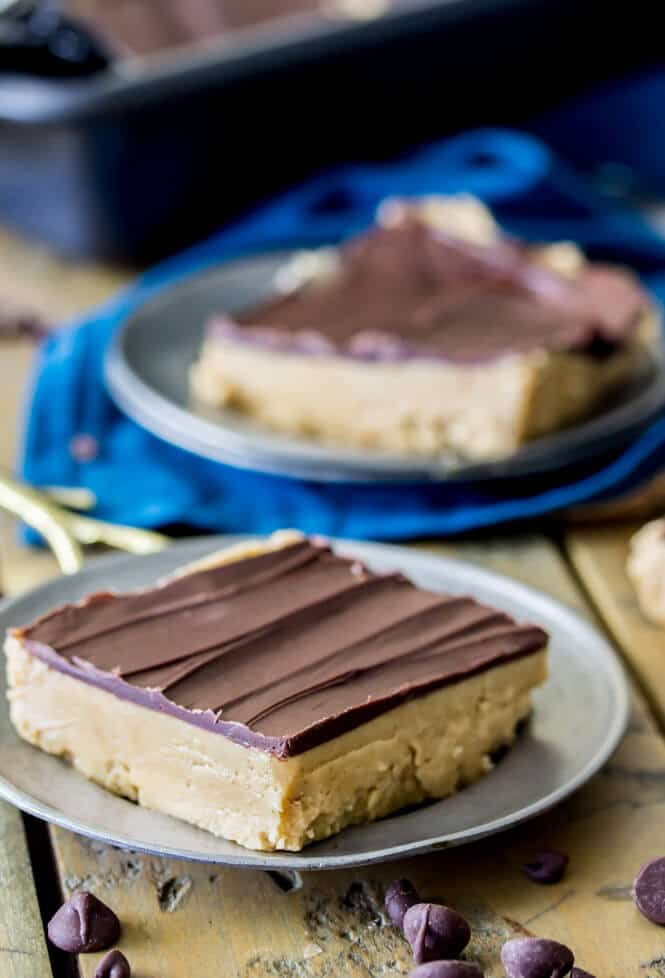 Peanut Butter Bars, easy, creamy, and no bake!