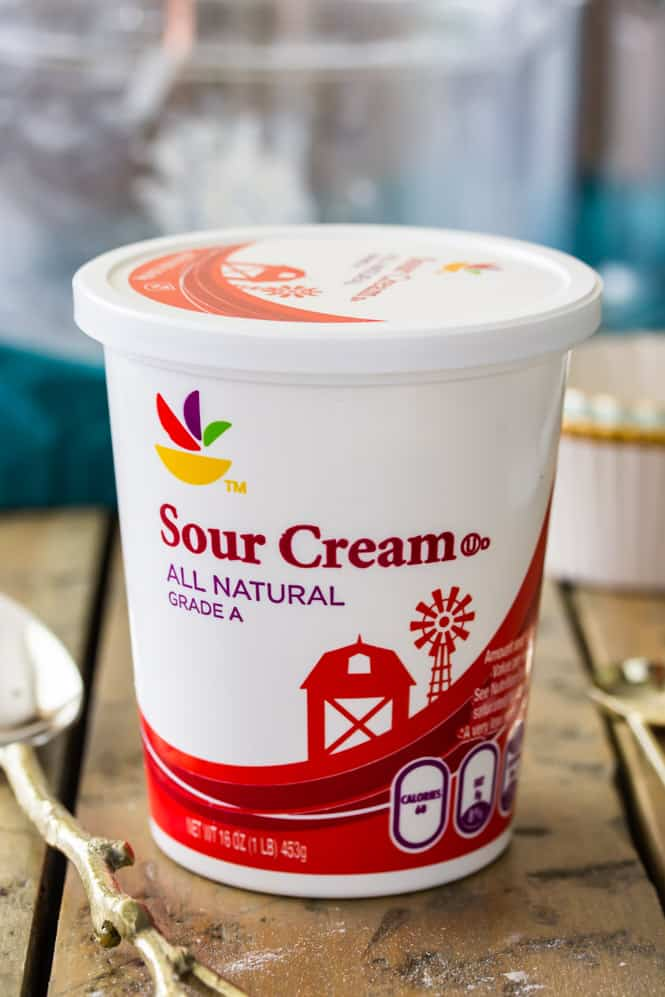 Using sour cream for the best homemade pie crust