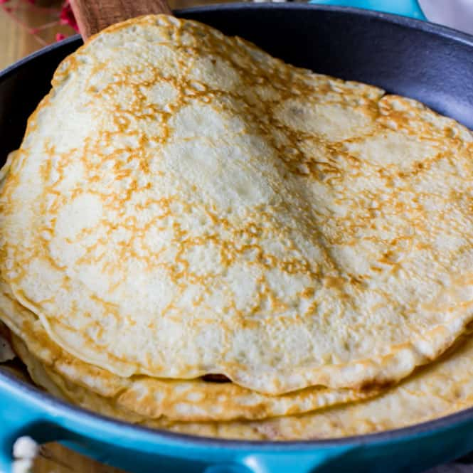 Crepes (& a Giveaway!!)