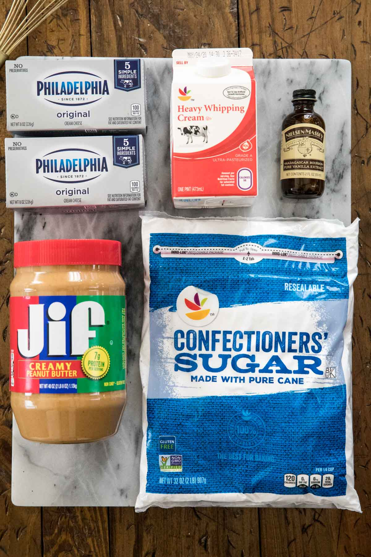 Ingredients for easy peanut butter pie