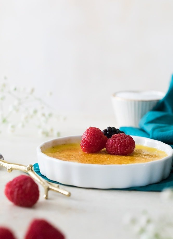Creme Brulee with bruleed sugar topping