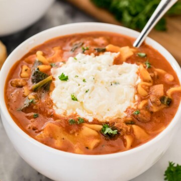 lasagna soup in white bowl