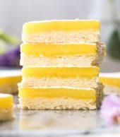 stack of 4 lemon bars