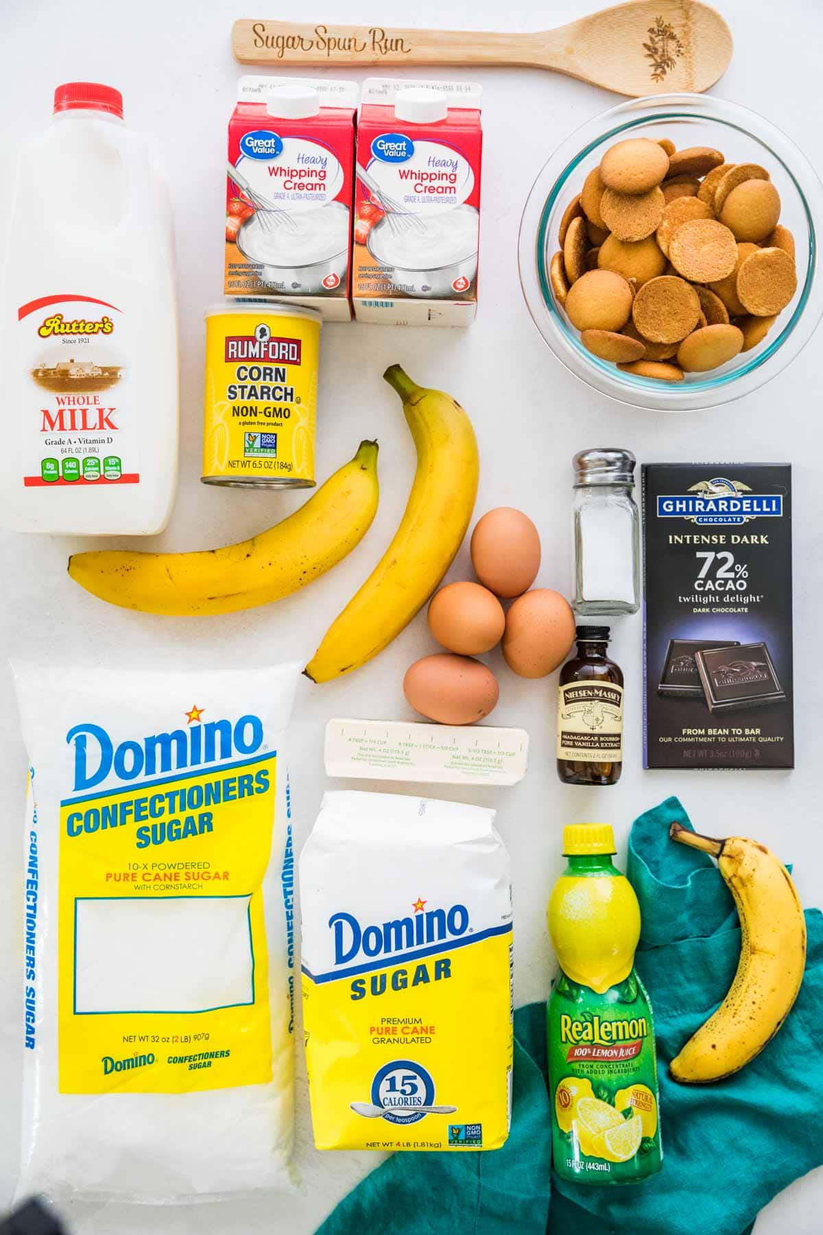 Ingredients for banana pudding.