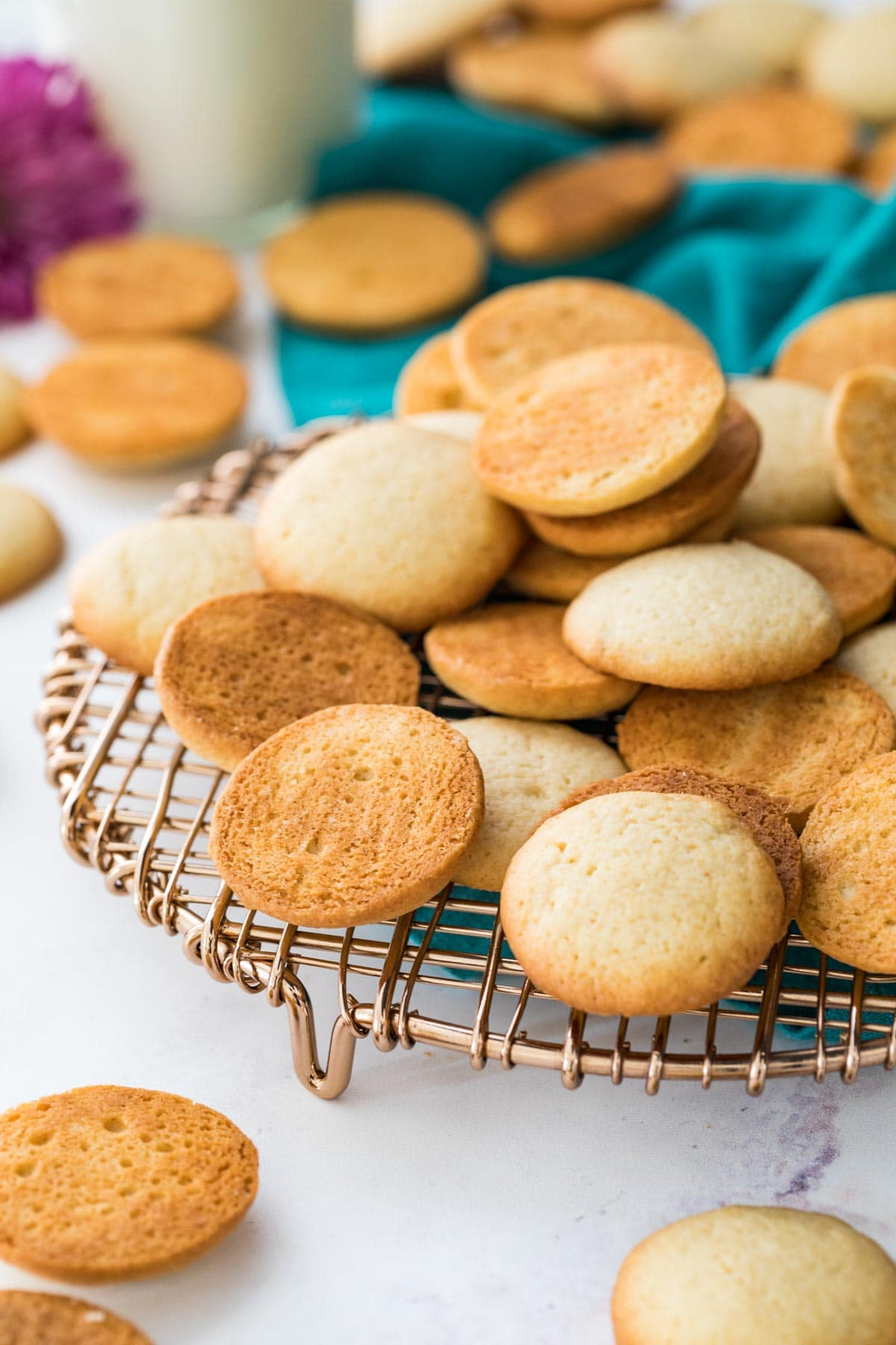 Vanilla wafers on a gold rack